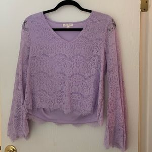 Lined Lacey Lilac Top! Flare Arms- Never Worn